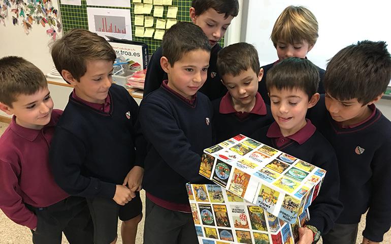 Els alumnes de segon s'han barrejat per continuar explorant l'univers de MATES +
