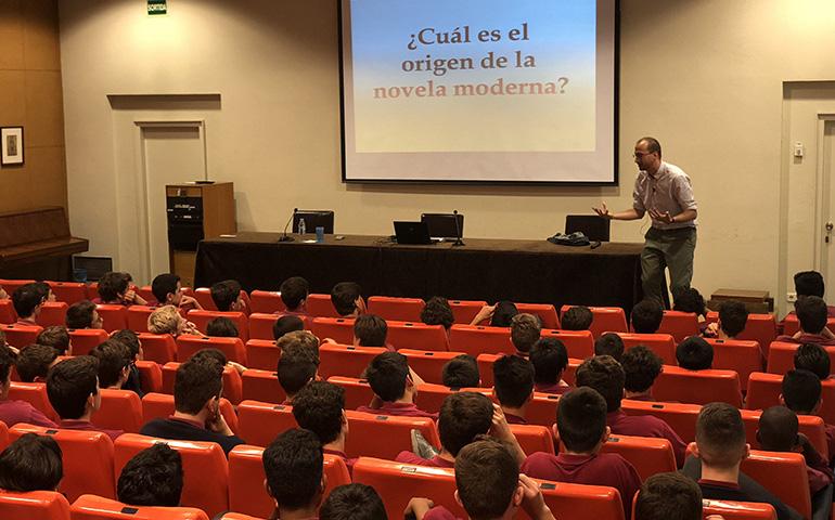 Sessió sobre El Quijote del Sr.Gastón Gilabert