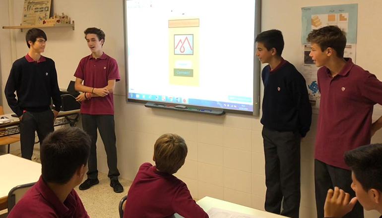 Els alumnes de 3r ESO comencen a presentar les Apps creades per a la Europe Code Week